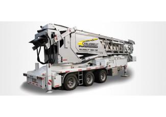 Телескопический Ленточный Транспортер TELEBELT® TBS 130 смонтирован на автомобильном полуприцепе